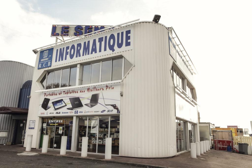 Magasin informatique à Montigny le Bretonneux